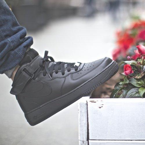 Buty Nike Air Force 1 Mid 07 (blackblack black)