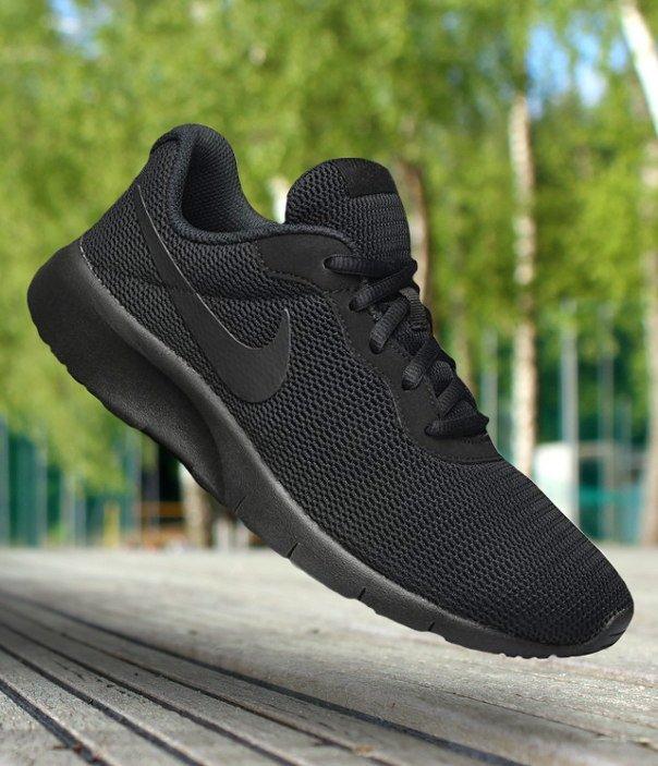 nike tanjun (gs) core black