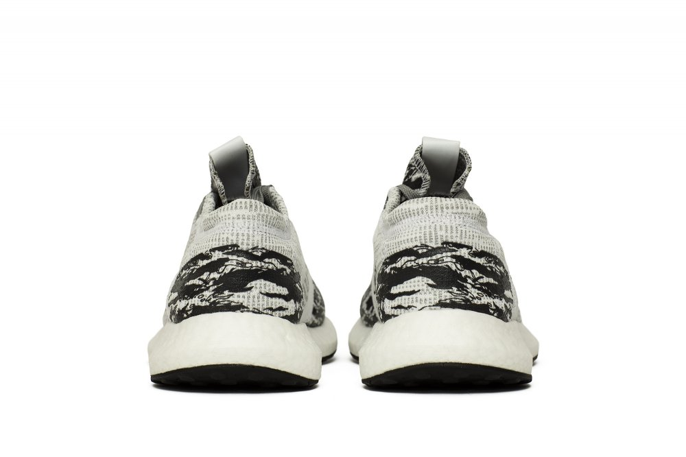 adidas x undefeated pureboost go (bc0474)