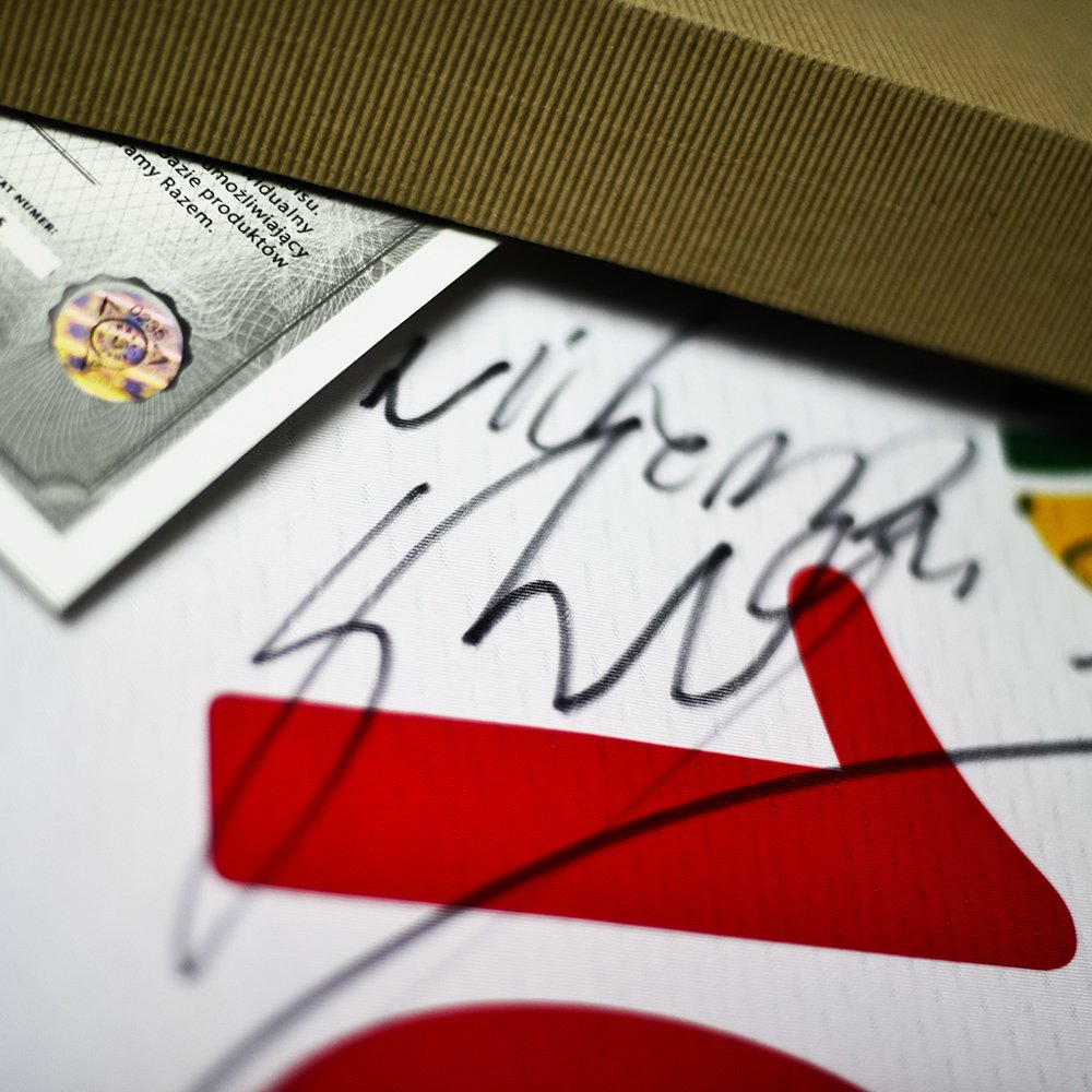 koszulka asics lube banca macerata z autografem sebastiana Świderskiego