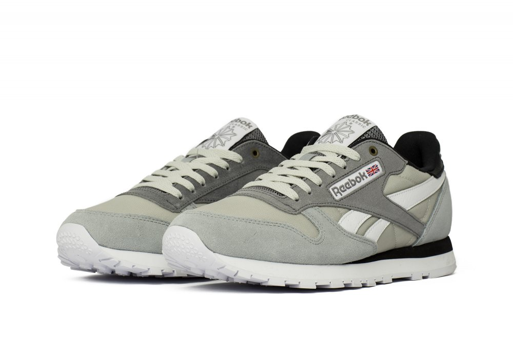 Reebok x Montana Cans Classic Leather White Black | Footshop