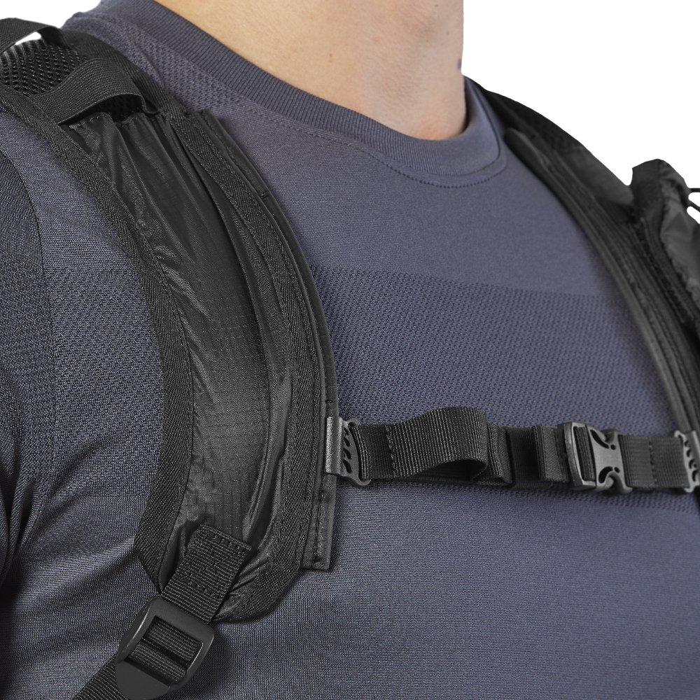 asics lightweight running backpack black