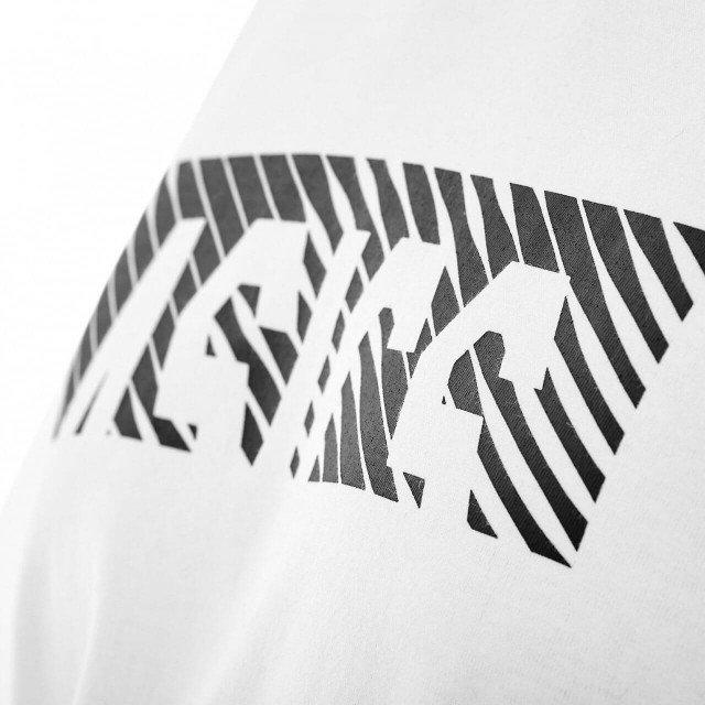 asics essential diagonal short sleeve top brillant white / permformance black