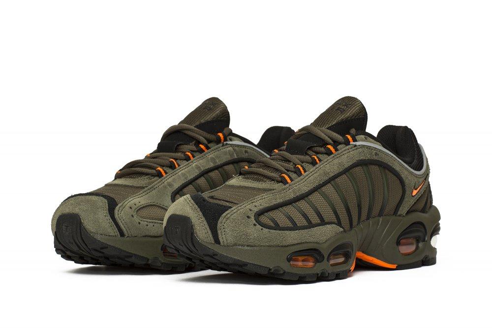 Nike Air Max Tailwind IV SE (CJ9681 001)   CJ9681 001