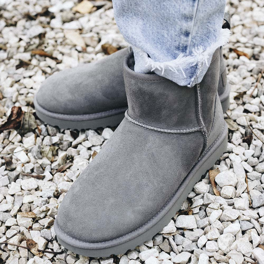 ugg cl mini ii grey