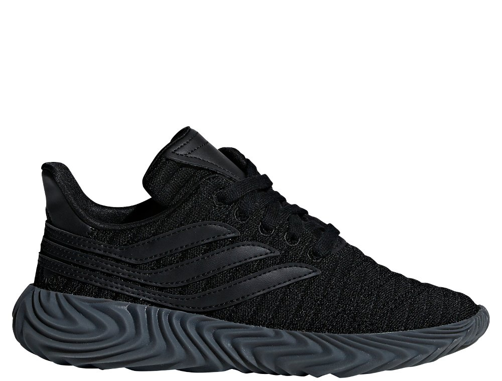 buty czrne adidas młodzieżowe