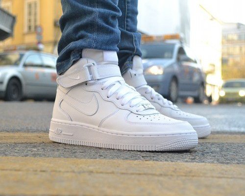 NIKE WMNS AIR FORCE 1 MID